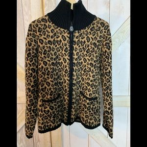 🐓Tally Ho leopard print zip cardigan size L